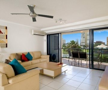 1br-living-balcony-tiled