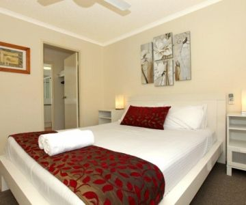 3br-master-bedroom