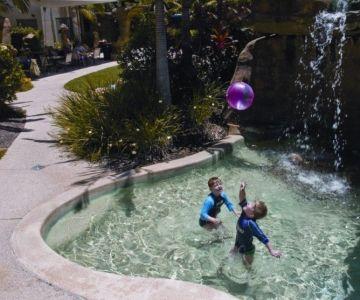 Alexandra-Headland-Accommodation-Kids-Pool