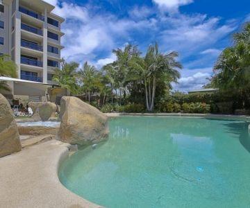 lagoon-pool-spa