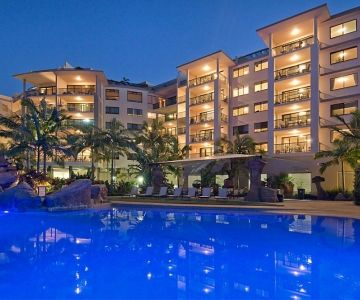 Alexandra-Headland-Resorts-9