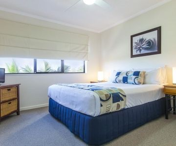 Alexandra-Headland-Apartments-1