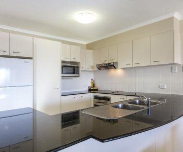 Alexandra-Headland-Apartments-17