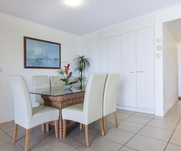 Alexandra-Headland-Apartments-18