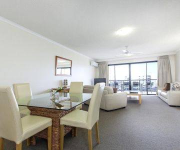 Alexandra-Headland-Apartments-32