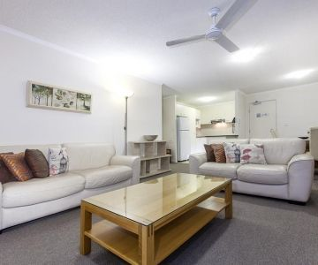 Alexandra-Headland-Apartments-35