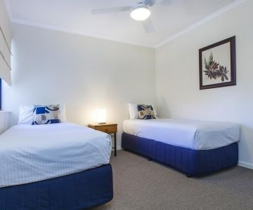Alexandra-Headland-Apartments-4