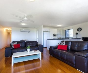 Alexandra-Headland-Apartments-45