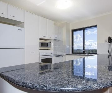 Alexandra-Headland-Apartments-46