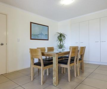 Alexandra-Headland-Apartments-54