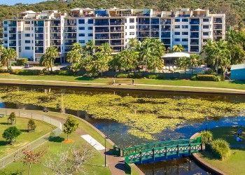 resort accommodation Alexandra Headland