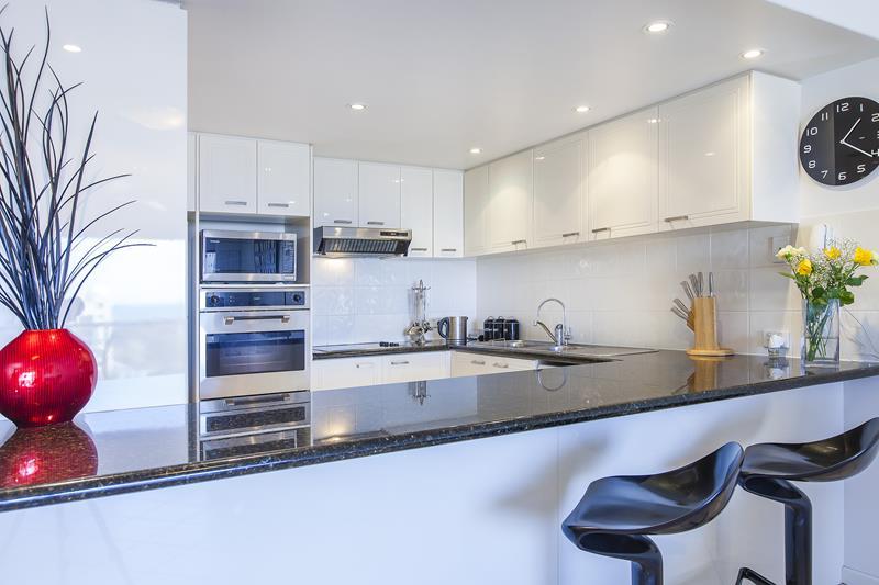 luxury Alexandra Headland accommodation