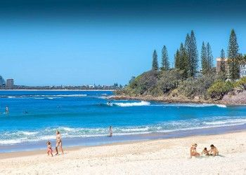 Alexandra Headland beach accommodation