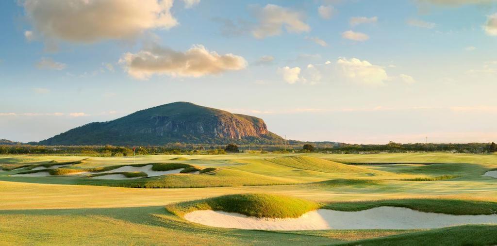 Playing Golf on the Sunshine Coast